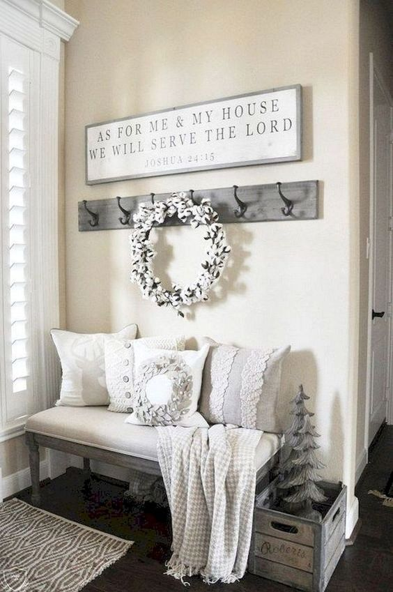 entryway ideas farmhouse; small entryway decor; DIY entryway ideas; #entrywayideas #homedecor