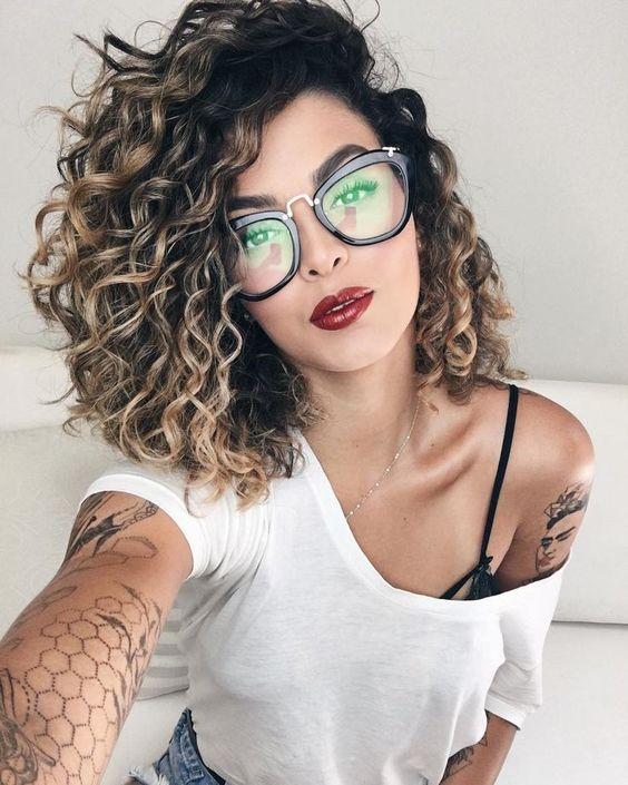 58 Chic Curly Hairstyles For Women 2019 Page 36 Of 58