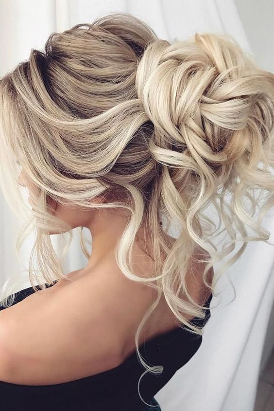 Hairstyle ,hairstyle for beach,hair style for vocation