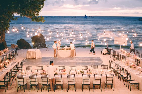 35 Dreamy and Creative Beach Wedding Ideas! Beach Wedding,elegant  Wedding,Wedding ideas.