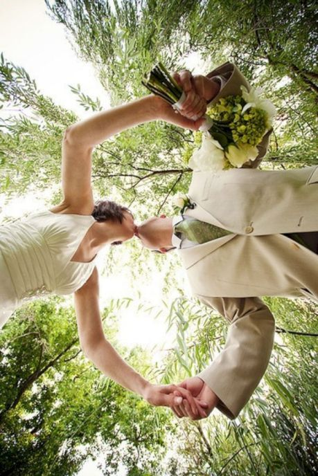 37 Ways To Take Creative And Beautiful Wedding Pictures wedding,wedding picture, wedding poses